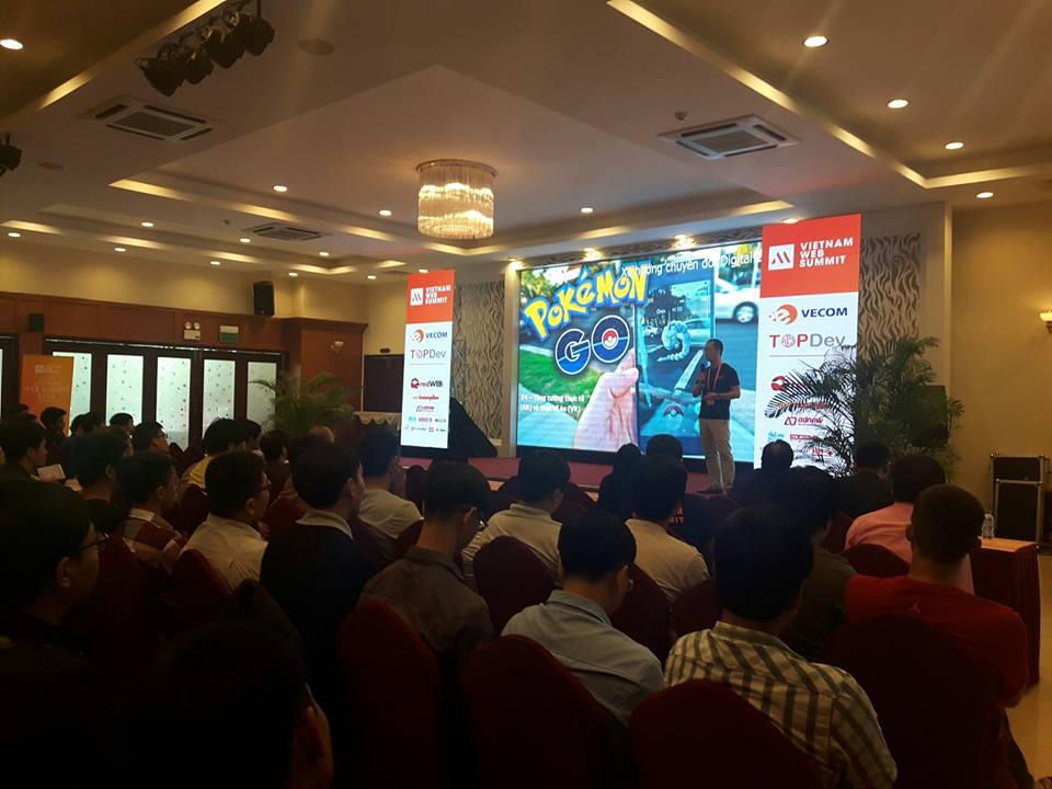 màn hình led tại hội thảo vietnam web